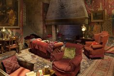 Warner Brothers studios - Harry's hang-out: Gryffindor common room is recreated to the finest detail