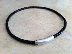 Collar cierre magnetico cuero trenzado von HITUK auf DaWanda.com