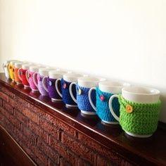 Crochet around coffee mugs. Soo cute! @Caitlyn Sweeney Sweeney Sweeney Murphey hook me up? Pleeeease?