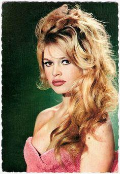 Brigitte Bardot - More at http://cine-mania.it