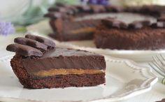 tarte au chocolat et caramel au beurre salé avec Thermomix, recette d'une savoureuse tarte avec une couche moelleuse de caramel au beurre salé et une ganache chocolaté et crémeuse, un dessert gourmand et facile à faire.