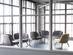 """El sillón #VIA57™ diseñado por #BjarkeIngels para #FritzHansen ganó el premio NYCxDESIGN por """"Best in Lounge"""" en el MoMA. El mismo fue diseñado especialmente para el edificio VIA 57 West en New York. Congratulations!"""