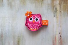 Baby / Toddler / Girl Hair Accessories Hot Pink by EllieBowsnBands, $4.00 #hairclips #owl #partyfavors #toddlers #babygift