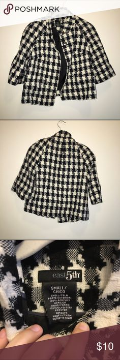 black & white houndstooth jacket One of the buttons is falling off! East 5th Jackets & Coats