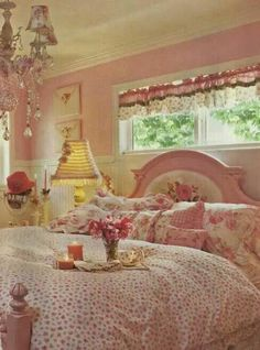 6 Perfect Tips: Shabby Chic Garden Man Cave how to make shabby chic pillows.Shabby Chic Wall Decor Curtains shabby chic home rustic. Cottage Shabby Chic, Shabby Chic Bedrooms, Shabby Chic Kitchen, Shabby Chic Homes, Shabby Chic Furniture, Pink Bedrooms, Rose Cottage, Bedroom Furniture, Romantic Bedrooms