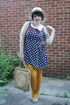 Mustard tights and blue dress with white dots yellow tights Yellow Tights, Patterned Tights, Winter Teacher Outfits, Summer Outfits, Librarian Style, Mellow Yellow, Mustard Yellow, Blue And White Dress, Outfit Combinations