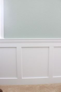 DIY Wainscoting Want This For My Dining Room I May Give It A