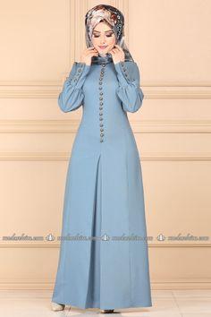 Frock Fashion, Abaya Fashion, Muslim Fashion, Stylish Dress Designs, Designs For Dresses, Stylish Hijab, Stylish Dresses, African Print Dress Designs, Iranian Women Fashion