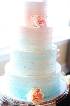 Свадебные торты в стиле омбре