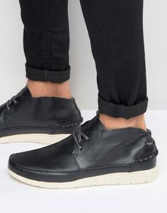 Shop Boxfresh Statley Leather Trainers at ASOS. Foot Pads, Leather Trainers, Boat Shoes, Fashion Online, Asos, Shopping, Moccasins, Boat Shoe