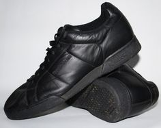 GENUINE REEBOK SNEAKERS SHOES BOOTS MENS BLACK TRAINERS SIZE UK 12 CLASSIC