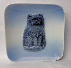 ROYAL COPENHAGEN BLUE KITTEN PERSIAN CAT PLATE DISH FIGURINE CERAMIC 4385
