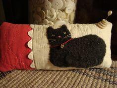 Antique quilt black cat pinkeep