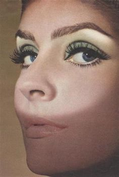 1960′s Makeup was had a significant change. Natural makeup with nude tones emerged. No more heavy make up for lips like in the 1950s. However, the eye is drawn darker and thicker.