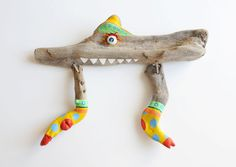 "Driftwood companion ""Joshua"" | acrylic painting and lampwork techniqe by JEVO"