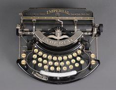 Imperial Modelo B máquina de escribir. 1908 a 1915.