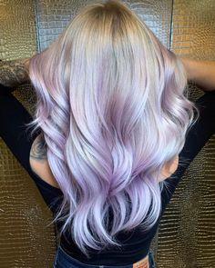 Purple Natural Hair, Bright Purple Hair, Dyed Hair Purple, Hair Color Purple, Hair Dye Colors, Cool Hair Color, Burgundy Hair, Red Hair, Blonde Hair With Purple Streaks