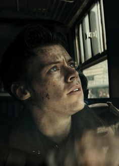 Dunkirk is a masterpiece. 1. It's a Christopher Nolan movie (Obvio reason!) 2. HARRY STYLES. (Fangirl reason!)❤
