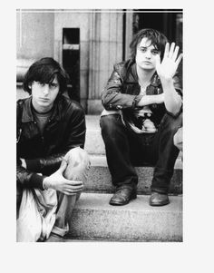 Carl Barât and Pete Doherty Carl Barat, Pete Doherty, The Libertines, One Life, Music Bands, Art Photography, Indie, Daddy, People