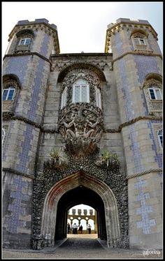 SINTRA, LISBOA, Puerta de entrada al Palacio Da Pena. >>>>AMPLIAR<<<<