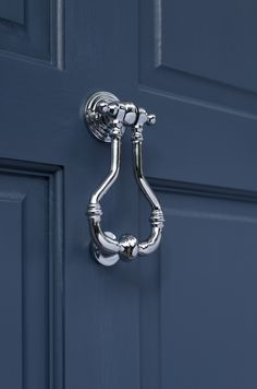 Adorn your front door with our decorative Melton Door Knocker, traditionally cast from solid brass and hand finished in Nickel for a modern look to any home. Window Furniture, Composite Door, Door Accessories, Door Knockers, Nickel Finish, Windows And Doors, Traditional Design, Polished Nickel, Exterior Design