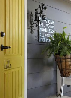 Charmant Love This Front Door, Painted In Chalk Paint® By Annie Sloan. English Yellow