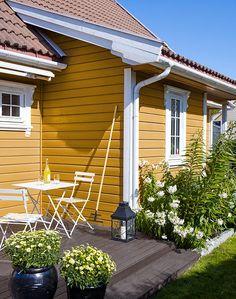 NYTT fargekart - Her finner du Jotuns mest anvendte farger for hus Pintura Exterior, Folk Victorian, Exterior Colors, Home Decor Bedroom, Tiny House, Pergola, Home And Garden, Cottage, Outdoor Structures