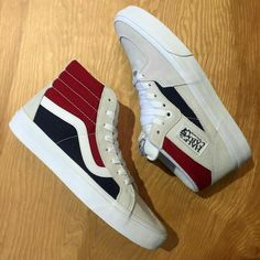 Reissue (Retro Block) in White/Red/Dress Blues - - Half Cab (Retro Block) in White/Red/Dress Blues - - -… Mens Vans Shoes, Vans Sneakers, Sneakers Fashion, Vans Men, Hot Shoes, Crazy Shoes, Cute Vans, Tenis Vans, Zapatillas Casual