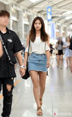 Pin on Asian Icons Pin on Asian Icons Kpop Fashion, Asian Fashion, Fashion Outfits, Korean Beauty, Asian Beauty, Japanese Beauty, Tzuyu Body, School Uniform Outfits, Girls In Mini Skirts