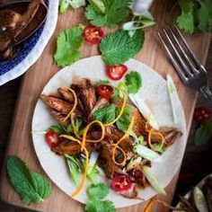 Orange and Mint Crispy Duck Rolls ------------------ Key: Duck, Asian, Food Duck Recipes, Asian Recipes, Chicken Recipes, Ethnic Recipes, Healthy Recipes, Brunch, Asian Cooking, Mint, Love Food