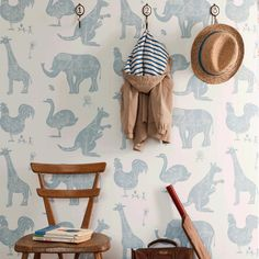 We cant resist an unapologetically playful wallpaper in a kids room, like the cute creature wall covering shown here. Kids Bedroom Wallpaper, Wallpaper Childrens Room, Children Wallpaper, Tier Wallpaper, White Wallpaper, Beautiful Wallpaper, Wallpaper Wallpapers, Wallpaper Ideas, Project Nursery