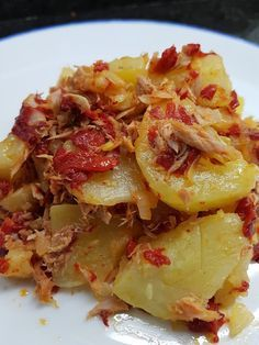 Cocina Basica y Fresca: REVUELTO DE PATATAS CON PIMIENTOS DE PIQUILLOS CBF@ Yummy Pasta Recipes, Potato Recipes, Veggie Recipes, Healthy Recipes, Veggie Food, Yummy Veggie, Yummy Food, Small Meals, Portuguese Recipes