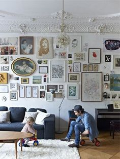4 Tips for Displaying Wall Art That Looks Stylish, Not Messy | The Nest Blog – Home Décor, Cooking, Money, Health & Sex News & Advice