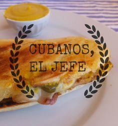 El restaurante del fin del mundo: Cómo hacer el sándwich Cubano de la pélicula Chef (2014) Latin Food, Arabic Food, Hamburgers, Chefs, Sandwich Cubano, The Earl Of Sandwich, Sandwiches, Cuban Cuisine, Good Food