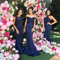 "3,652 aprecieri, 248 comentarii - The Brides Style (@brides_style) pe Instagram: ""Navy Bridesmaids Dresses  |@dollhousebridesmaids @michalkrieschstudios @graffitiface_mua…"""