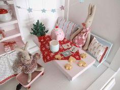 """Heut gehts weiter mit   Weihnachtsdeko-Fotos!     :-)   Ein paar Bilderchen hab ich  in der Essecke  geknipst, denn heut hat sie mal  """"Hal..."""