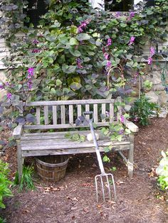 Buy from our range of stylish garden benches and garden seating. Simply Garden Furniture sells 2, 3 and 4 seater benches and picnic benches all at Low prices Log on http://www.simplygardenfurniture.co.uk/Garden-Benches
