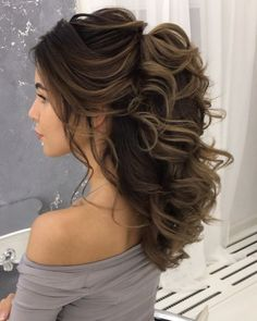 86 cool wedding hairstyles for the modern bride - Hairstyles Trends Loose Wedding Hair, Vintage Wedding Hair, Wedding Hair And Makeup, Wedding Hairstyles For Women, Elegant Hairstyles, Bride Hairstyles, Natural Hair Updo, Natural Hair Styles, Bridesmaid Hair