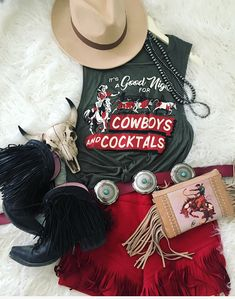 A boutique on the go for those blazin' their own trail through life -to- stay at home gypsies -- boho, gypsy, western style -- Country Style Outfits, Southern Outfits, Country Fashion, Boho Fashion, Fashion Outfits, Cowgirl Fashion, Southern Clothing, Country Chic, Cowgirl Outfits