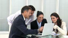 Diferencia entre B2B y B2C (Infografía) Harvard Business Review, Accounts Payable, Marca Personal, Team Building, Marketing, Stockholm, Accounting, Blog, Art