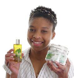 AfroDeity Jacqueline Gold: Wins Women In Business Award - AfroCosmopolitan Black Entrepreneurs, African Women, Business Women, Black Women, Awards, Gold, Business Professional Women, Dark Skinned Women, Yellow