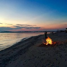 Fire on the beach at sunset 🌅 #giliair #travelbloggers #travel    #Regram via @katielewla