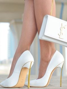 shoes escarpin blanc sac yves st laurent bag white gold heels high heels ysl clutch chain streetstyle leather stilettos white heels white high heels white and gold heels sexy heels Dream Shoes, Crazy Shoes, Cute Shoes, Me Too Shoes, Fancy Shoes, Pretty Shoes, High Heel Pumps, Stiletto Heels, Low Heels