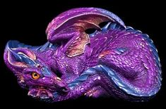 Mother dragon in amethyst, Windstone editions.