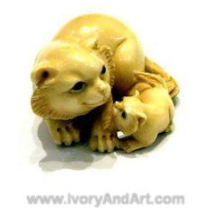 Mammoth Ivory Netsuke - Cat & baby cat