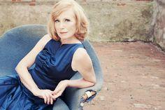 Maren Kroymann by Milena Schlösser. In my Sixties - Konzert Kabarett