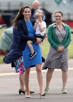 Pin for Later: Prince George Is THE Cutest While Catching a Helicopter Ride With His Mom and Dad