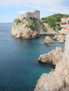 Sie wird die Perle der Adria genannt – und Hey Pretty bestätigt: Dubrovnik ist…