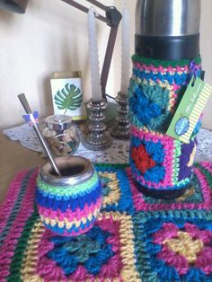 mate! ♥ tejido crochet Free Crochet, Knit Crochet, Coffee Cozy, Kids Bags, Crochet Projects, Free Pattern, Diy And Crafts, Projects To Try, Crochet Patterns