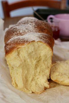 Brioche tressèe Great Desserts, Delicious Desserts, Confort Food, Baking Classes, British Baking, Breakfast Dessert, Snacks, Sweet Bread, Pumpkin Recipes
